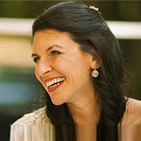 AMINA MEINEKER